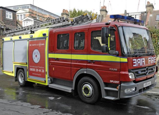 Thirty firefighters fight blaze at empty block of flats in London Road, Thornton Heath