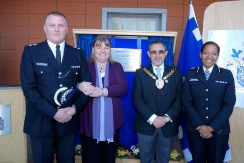 Chief Superintendent David Musker; Julie Townsend (Berin Underwood's partner); the Mayor of Croydon, Cllr Eddy Arram and Commander Alison Newcomb