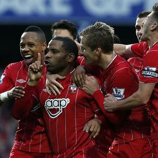 Jason Puncheon, centre, earned Southampton a crucial three points