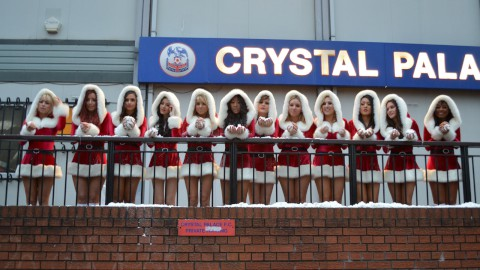 VIDEO: Crystal girls spread some Christmas cheer