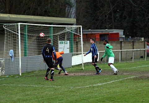 Croydon Guardian: One up: Whyteleafe's Getro Kilapi opens the scoring in the 3-0 win over Sevenoaks    SP73253