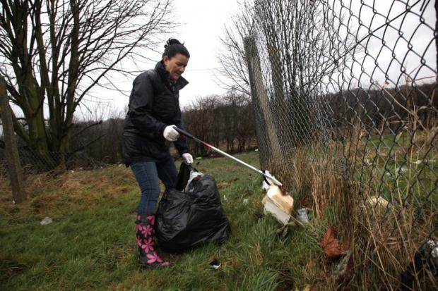 Volunteers brave wind and rain for New Addington litter pick