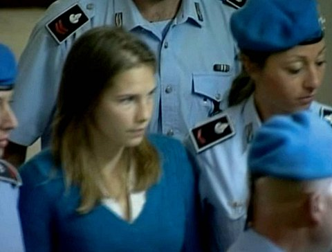 Amanda Knox 'delivered fatal blow' to Meredith Kercher