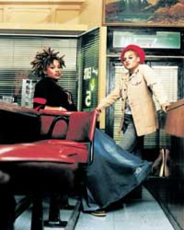 Floetry is to see a new line-up since the departure of Natalie Stewart from the band