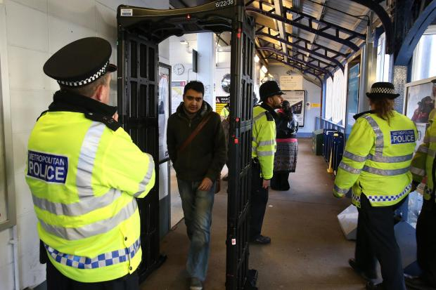 Knife arches are to be used in operations at some schools