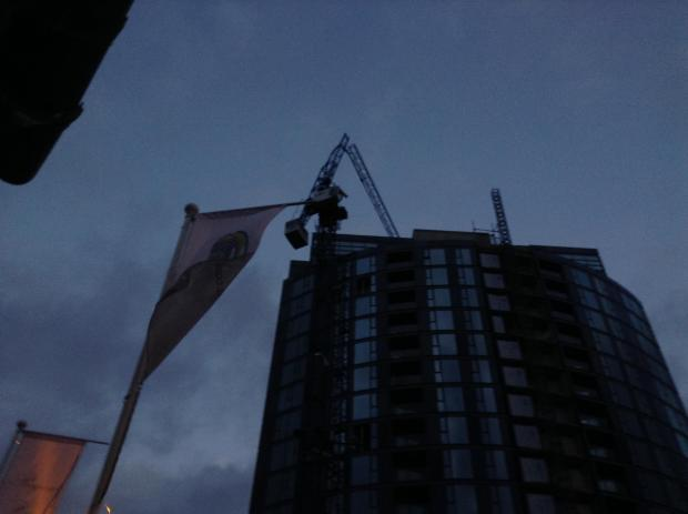 Croydon Guardian: The crane snapped by the bad weather above the IYLO building. Picture by Teuta Hoxha.