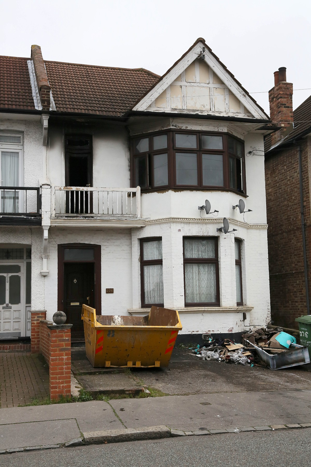 Two men rescued from Thornton Heath house blaze