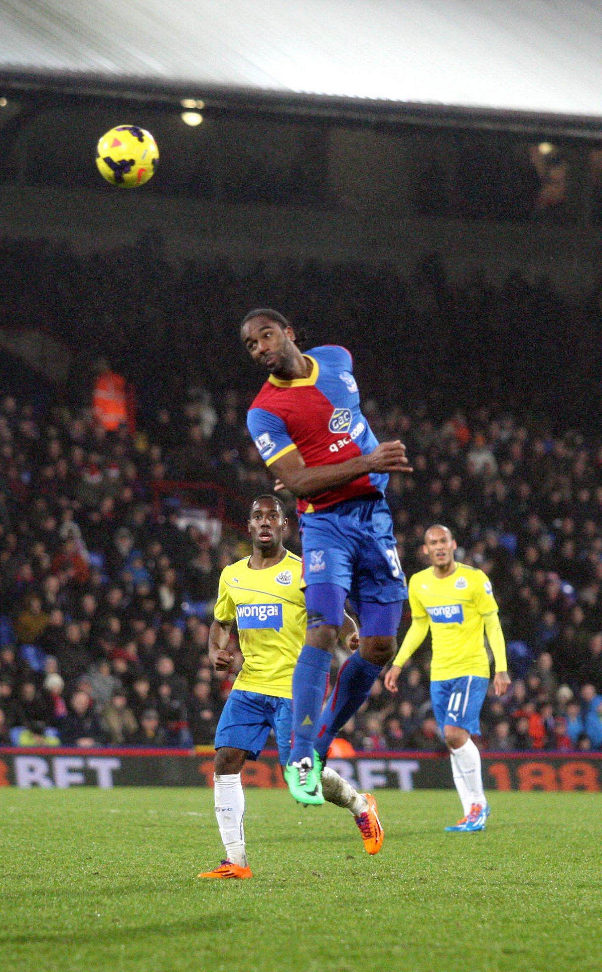 Doing the donkey work: Cameron Jerome does the things that go unnoticed                 SP78371