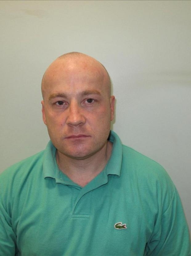 Croydon Guardian: Matthew Walters, 38, is wanted in connection with a burglary which happened on December 15 last year.