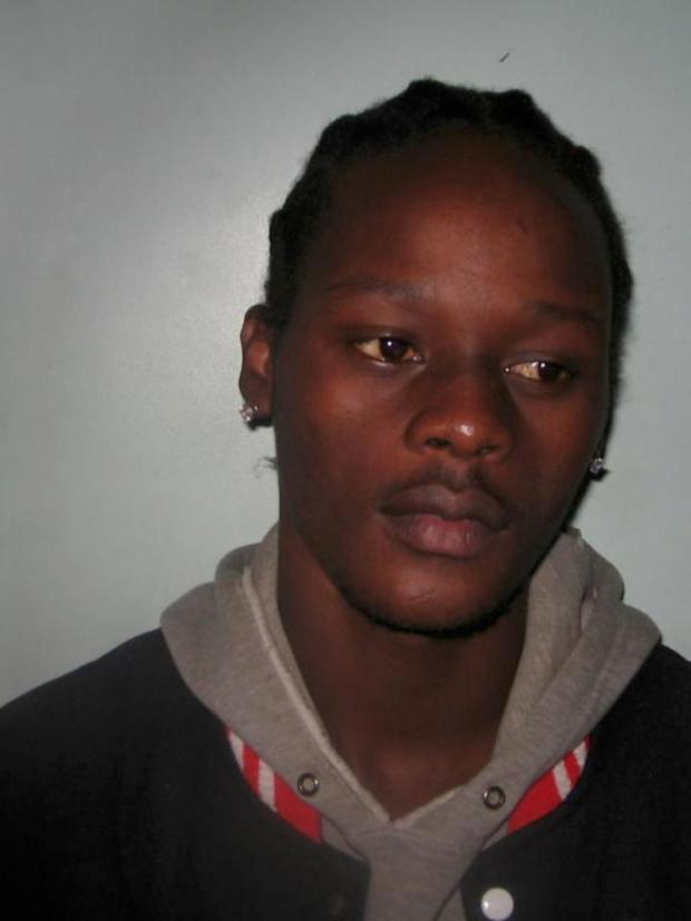 Croydon Guardian: Blessing Masona, 26, is wanted in connection with a robbery which took place on October 11 last year.