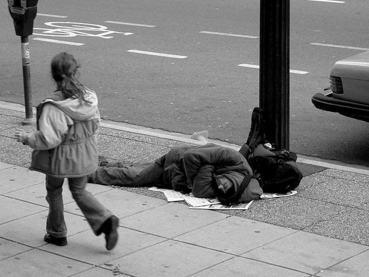 Teenagers photos capture homelessness and child abuse for Amnesty International contest