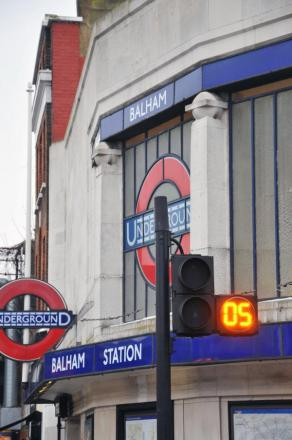 The countdown timer at the diagonal crossing in Balham