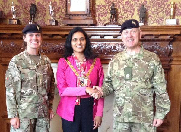 The mayor of Croydon Councillor Maju Shahul-Hameed was happy to meet with Lieutenant Sophie Tasker and Major Dominic Moorhouse